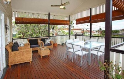 Deck Oiling Tips and Tricks