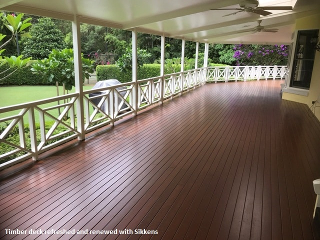 Hamptons style timber deck with Sikkens
